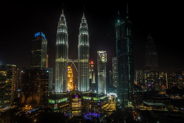 都会は夜景も綺麗