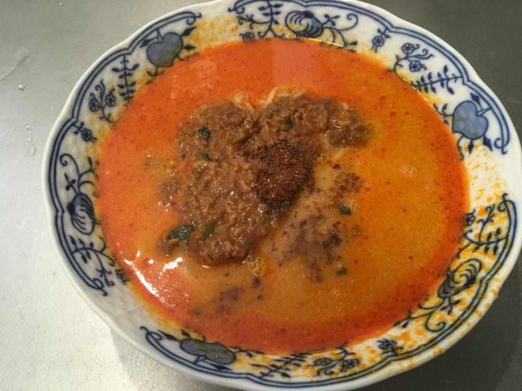 胡麻が濃厚な担々麺の花椒
